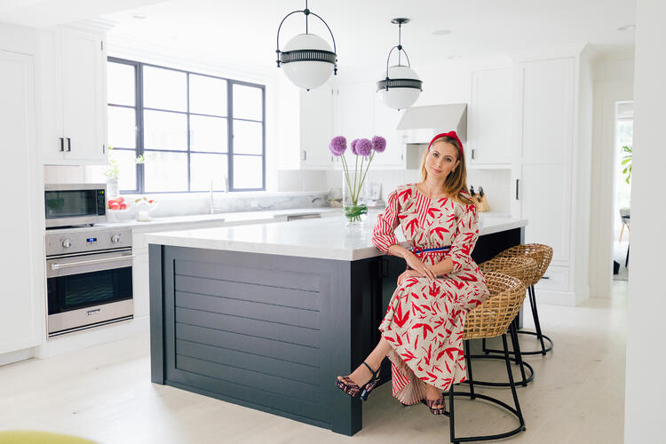 Polycor - Happily Eva After - Eva in White Cherokee marble kitchen