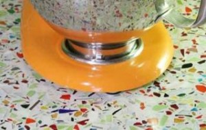recycled-glass-surfaces-really-shine-millefiori-and-cubist-clear-by-vetrazzo-sub3-300x190