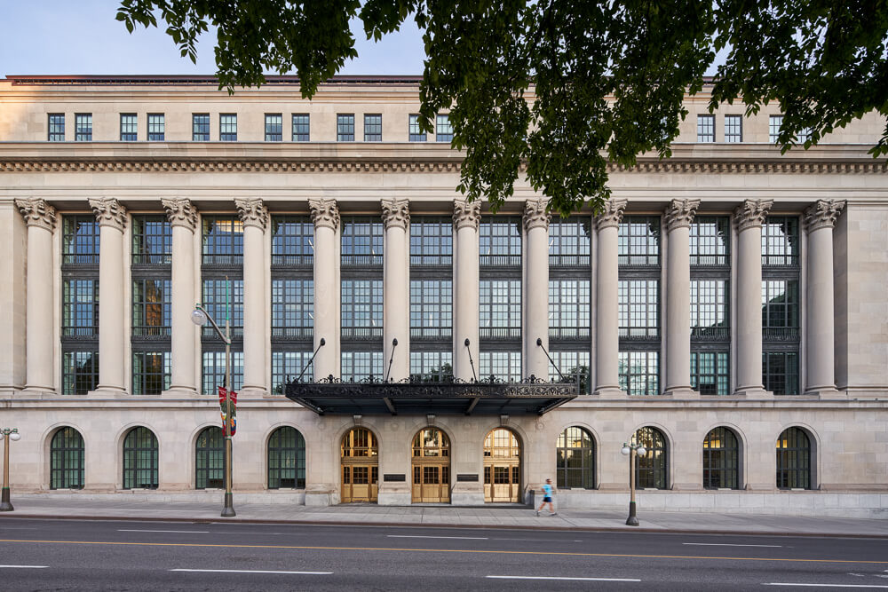 180 Wellington St. - Ottawa, ON - Indiana Limestone polycor 12