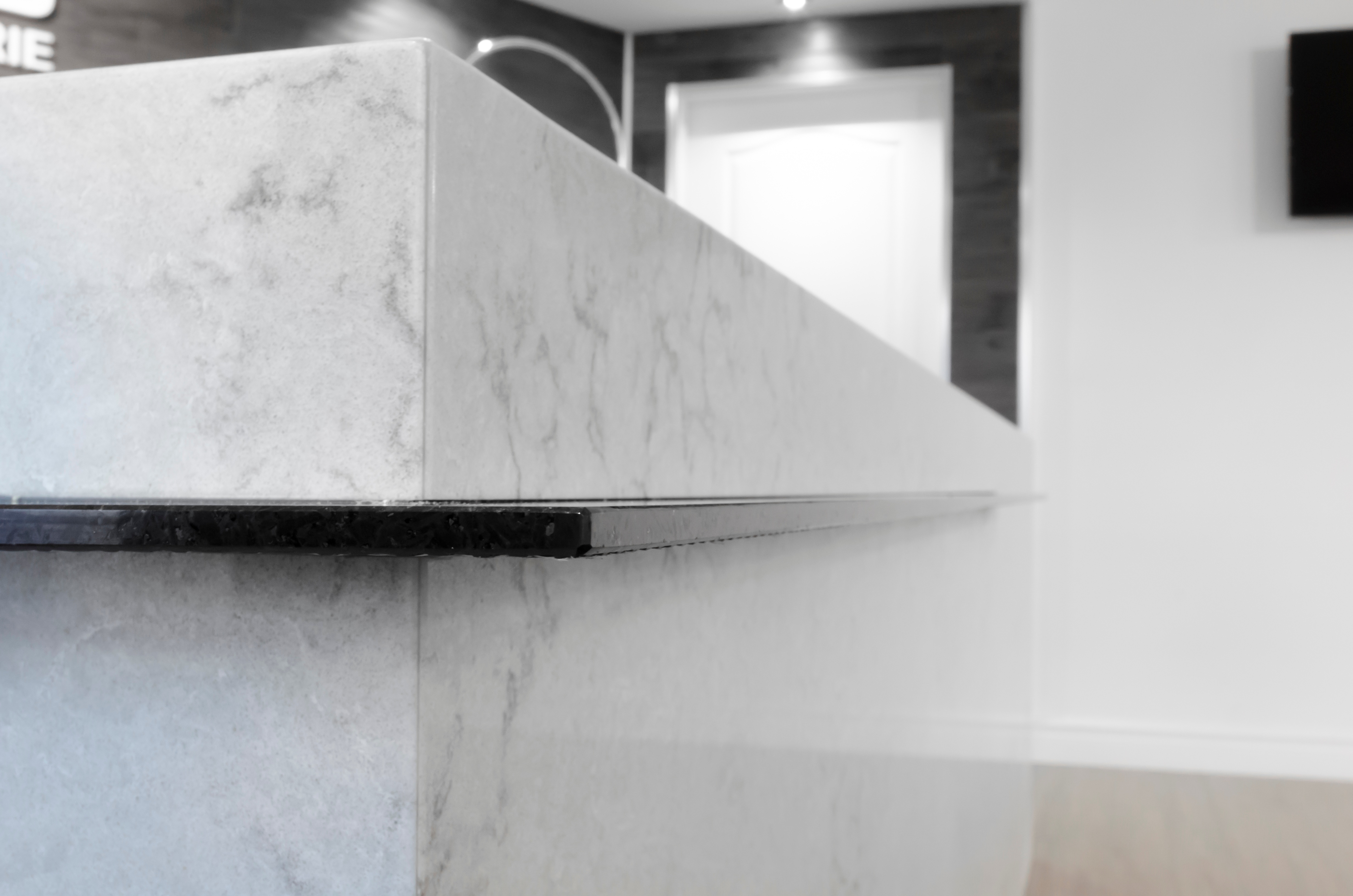 Granite_Plus_1cm_granite_desk_2.jpg
